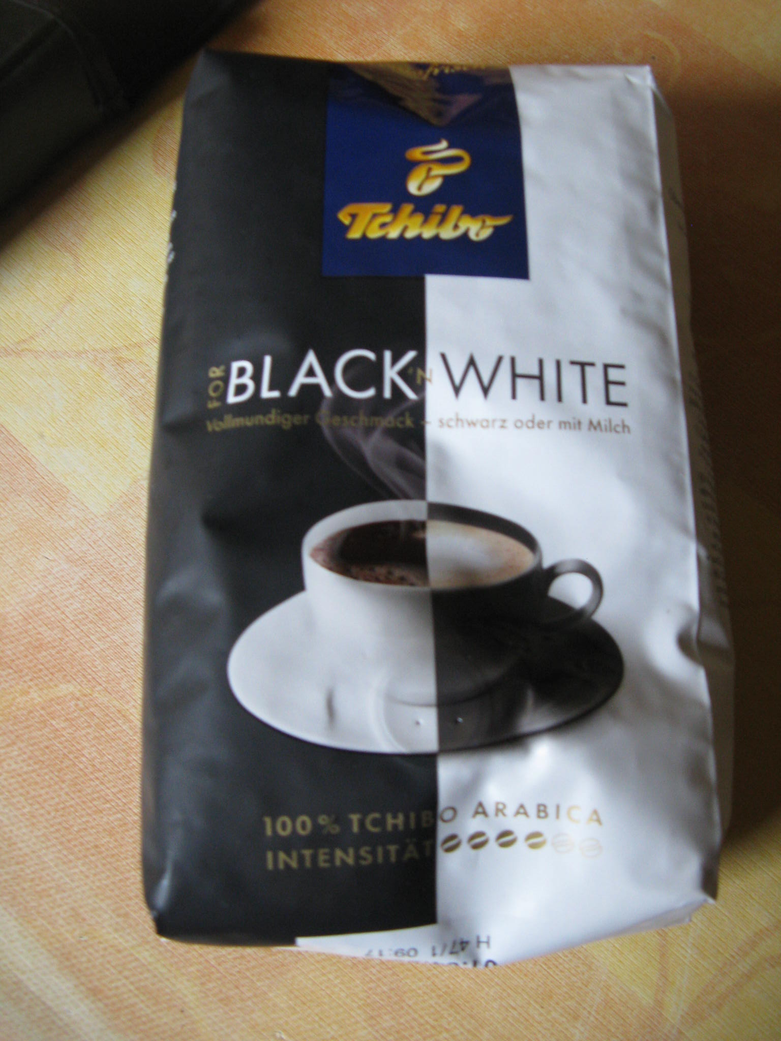 For Black´n White Bohnenkaffee von Tchibo